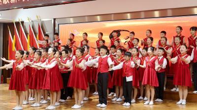 五里镇红歌会:干群心向党 讴歌新时代