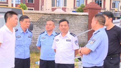 省公安厅交管局来通城县督导检查基层公安交管工作