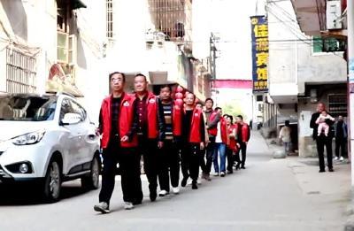 """中津洲社区:这道""""红"""" 最暖心!"""