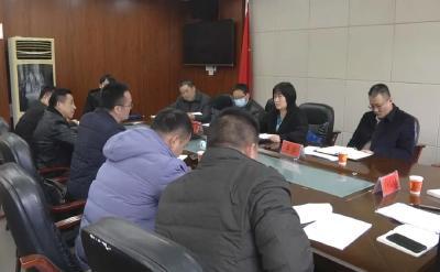 省人社厅调研组到崇阳县调研保障农民工工资支付工作