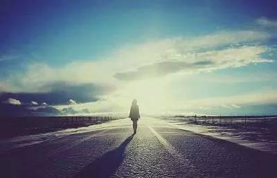 【凤池夜读】第370期丨明洁朗读《非走不可的弯路》