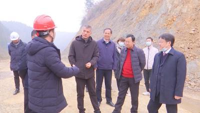 长江云——【项目速递】市交通局领导督导我县重点交通项目建设工作