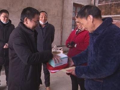 V视丨县侨联开展春节走访慰问活动