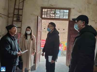 通山:党建引领聚合力 节前走访送温暖