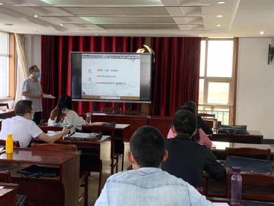 【湖北日报】再当一次学生,21名新入职教师接受岗前培训