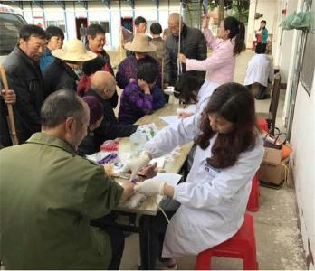 孛畈镇卫生院开展基本公共卫生服务项目健康体检活动