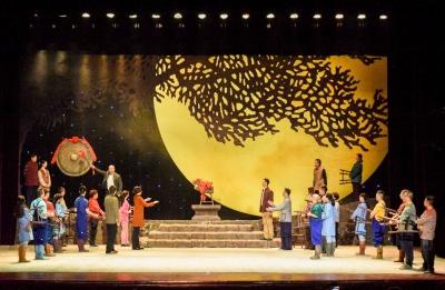 楚剧盛宴 省第七届楚剧艺术节安陆分会场在《乡里乡亲》演出中圆满闭幕
