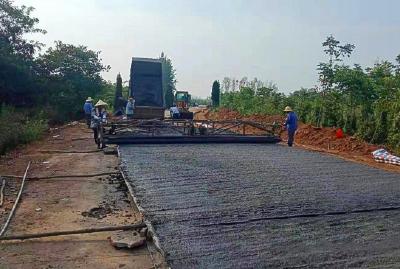 棠棣镇:轭棠公路道路硬化全面开工