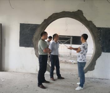 市科协指导孛畈中学科技馆建设