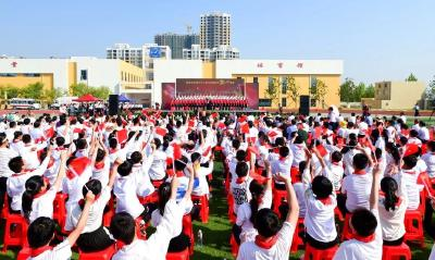 """唱出安陆高质量发展的精气神——我市举行庆祝新中国成立70周年""""我和我的祖国""""大型歌咏会"""