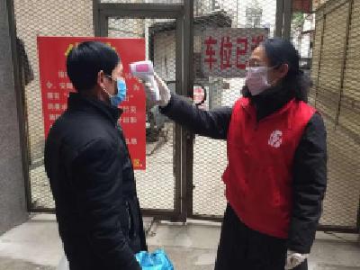 刘建萍:共产党员无论到哪,都要把工作做好