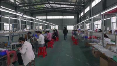 重走贫困村系列报道(十三)——接官乡杨冲村:多元产业发展 助力脱贫攻坚