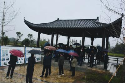 孝感市委党校学员到安陆市烟店镇开展参观学习
