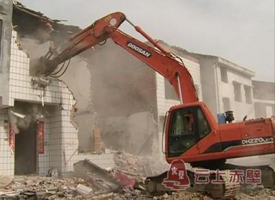 市住建局全面推进棚户区改造工作