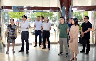 快讯|天津市委宣传部调研组来赤调研融媒体中心建设