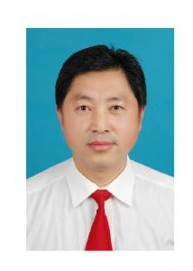 市公路管理局党总支委员、副局长雷汉平