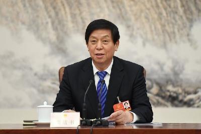 人大常委会第十次会议在京举行
