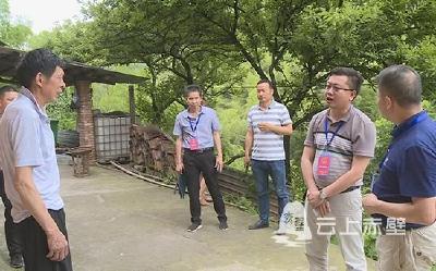 """刘子恒到茶庵岭镇开展""""聚力脱贫攻坚 人大代表在行动""""活动"""