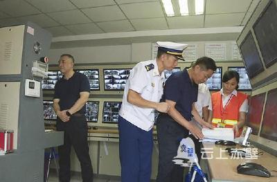 省应急管理厅副厅长杨光武调研赤壁市消防安全工作