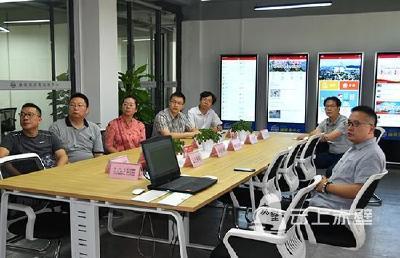 长江大学文学院参观学习赤壁市融媒体中心建设工作