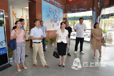 天门市委宣传部组团参观学习赤壁市融媒体中心建设