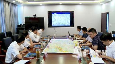 赤壁市召开赤壁长江大桥东延段工程可行性研究路线方案审定会
