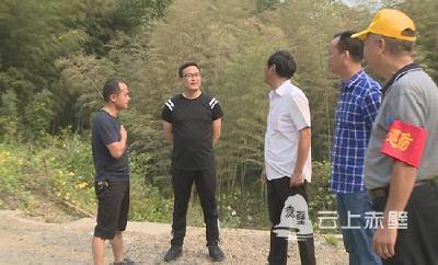 市领导督导调研森林防火及农村饮水保障工作