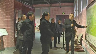 咸宁市改革现场评比组调研赤壁市改革项目