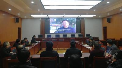 赤壁市组织收看《焦点访谈》  学习来凤县集中整顿软弱涣散基层党组织工作经验