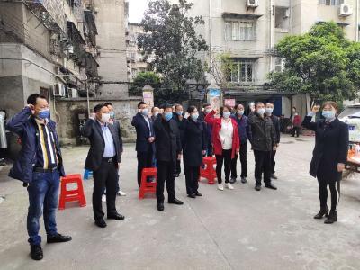 防疫防火爱卫运动多措并举 党员居民包保干部共抓联控