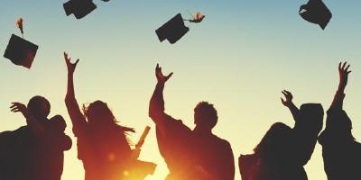 今年全国普通高校毕业生比增加40万人