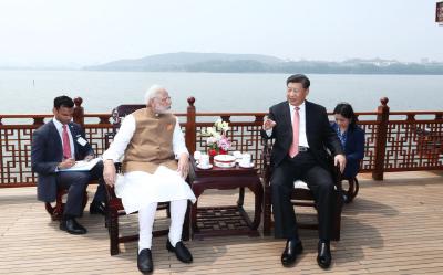 """外交习语丨在首个""""国际茶日"""",感受习近平如何以茶会友"""