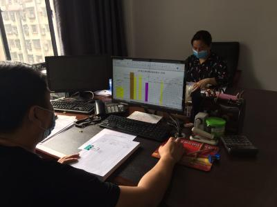 今年赤壁市核定申报公务员招录计划102名 事业单位招聘计划454名