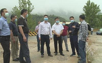 通山县考察团考察学习赤壁市非煤矿山生态修复工作