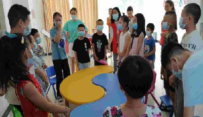 赤壁:社工组织孩子参与快乐的疫情防控知识宣传普及