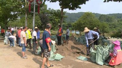 """建工集团:""""马力""""全开 全力做好城区防汛排涝工作"""