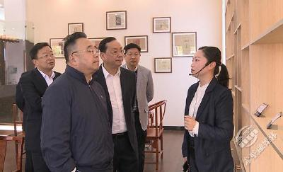 省财政厅厅长龙正才调研赤壁茶产业发展情况