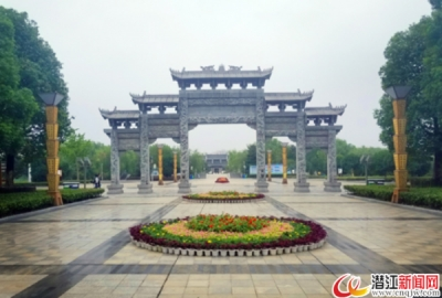 潜江南门河风景图片
