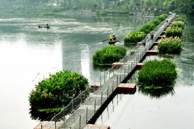 生态环境部:全国77个城市黑臭水体消除比例低于80%