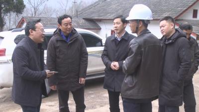 李波赴新华镇调研重大项目建设  农民工工资保障等工作