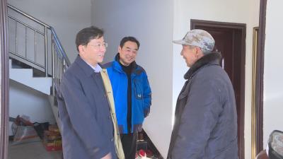 周森锋李波宋洛乡走访慰问困难党员、群众和退役军人