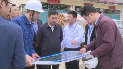 刘启俊调研林区重点项目工作推进情况时强调 倒排工期 全力以赴推进重点项目建设
