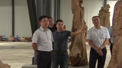 刘启俊调研林区残疾人就业创业培训工作