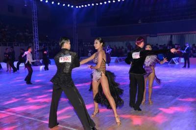 精英荟萃,2019全国国标舞大赛即将在神农架举行!