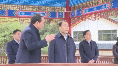 副省长赵海山要求神农架林区要争当生态文明建设标杆