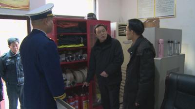 王文华要求:以防为主 防消结合 消除安全隐患