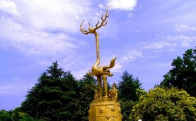 随州市志: 随州市标鹿鹤的故事