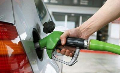 额定8.6升油箱加进9.43升? 加油站表示油枪没问题