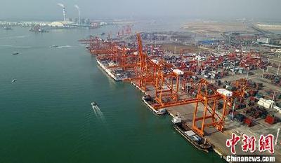 截至11月中旬 中国外贸进出口总值超过去年全年