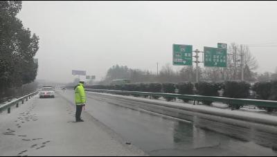 福银高速随州至枣阳段全线恢复畅通